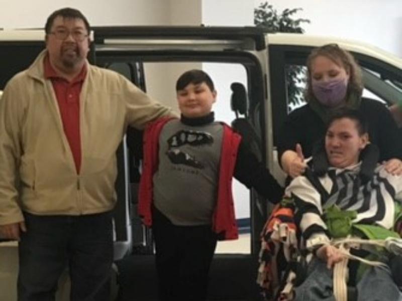 Teen with cerebral palsy gets handicap accessible van
